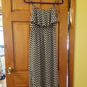 Chevron dress, black and white, small